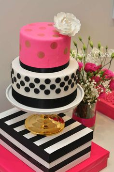 Stunning cake at a Kate Spade birthday party! See more party ideas at… Kate Spade Party, Kate Spade Cake, Pretty Cakes, Cute Cakes, Beautiful Cakes, Cake Pops, 30th Birthday Parties, Birthday Ideas, 30th Birthday Cake For Her