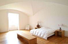 Simple Bedroom High Ceiling