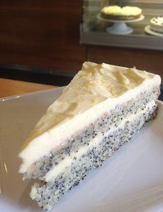 citromos mák Hungarian Cake, Hungarian Recipes, Cake Recipes, Dessert Recipes, Desserts, Poppy Seed Cookies, Poppy Cake, No Cook Meals, Vanilla Cake
