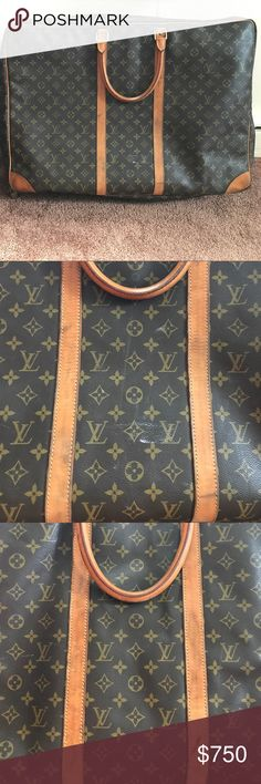 Louis Vuitton luggage Louis Vuitton luggage ! Perfect for a weekend getaway or vacation. Date code : SP0957 Louis Vuitton Bags Travel Bags
