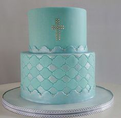 Chic+Boy+Baptism+cake+with+two+tiers+in+blue+with+silver+cake+decor.PNG 575×563 pixels