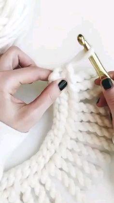 Easy Crochet Stitches, Crochet Edging Patterns, Crochet Cord, Crochet Twist, Crochet Borders, Love Crochet, Crochet Hooks, Crotchet, Crochet Crafts