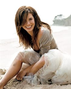 """Sandra Bullock photographed by Norman Jean Roy for the July 2006 Vanity Fair. """"Does age matter? Sandro, Norman Jean Roy, Fru Fru, Up Girl, Cute Woman, Beautiful Actresses, Gorgeous Women, Hair Makeup, Hair Cuts"""