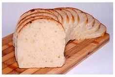 Pan de molde hecho con masa madre natural, sin levadura. Receta con fotos del paso a paso.