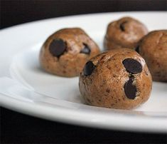 Peanut Butter Protein Balls 1/3 cup natural peanut butter 1/4 cup honey 1 scoop chocolate whey protein powder 3 tablespoons ground flaxseed 3 tablespoons dark chocolate chips