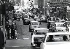 Helsingin liikennettä on suunniteltu 60 vuotta sitä silmällä pitäen, että henkilöautolla liikkuminen olisi entistä sujuvampaa.  Nyt huomion saavat kävely, pyöräily ja julkinen liikenne.