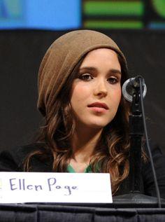 """Ellen Page - """"Super"""" Panel - Comic-Con 2010 #ellenpage #super #SDCC"""