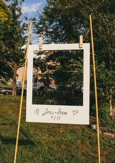 Stunning DIY Wedding Photo Booth Backdrops This giant polaroid frame is a great spin on a photobooth.This giant polaroid frame is a great spin on a photobooth. Perfect Wedding, Our Wedding, Dream Wedding, Wedding Tips, Wedding Simple, Trendy Wedding, Cheap Wedding Ideas, Wedding Ceremony, Diy Wedding Games