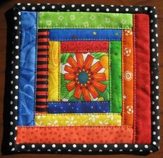 cute square to use in many different ways. This is a 6 inch mug rug!
