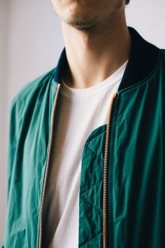 Vesio Bomber Jacket – A Kind of Guise