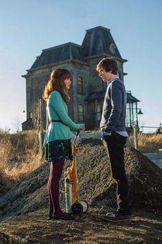Por poco Norman y Emma IBAN a tener más que una simple amistad y compañeros de trabajo... Descúbrelo en Bates Motel!!