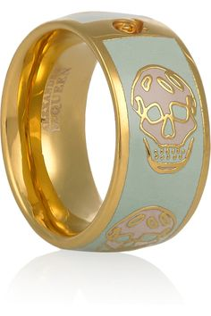 Alexander McQueen pastel skull ring - My daughter will love this. Skull Jewelry, Jewelry Box, Jewelry Accessories, Fashion Accessories, Skull Rings, Skull Bracelet, Gothic Jewelry, Jewelry Trends, Bullet Jewelry