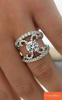 1000+ ideas about Contemporary Engagement Rings on Pinterest | Diamonds, Rings and Gold