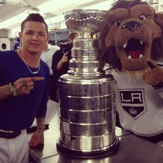 """""""Proud of our kings!! The Stanley cup. #bamsucka"""""""