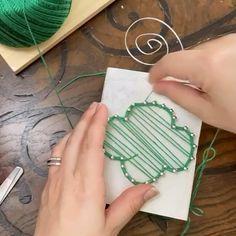 Disney Diy Crafts, Diy Crafts For Teens, Fun Diy Crafts, Recycled Crafts, Diy Crafts Videos, Girl Scout Daisy Activities, Girl Scout Crafts, Girl Scout Swap, Daisy Girl Scouts