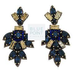 Orecchini TRIPURA BLU, Design by P. Goi Informazioni ed ordini con whatsapp 3240756644 #bluepointfirenze #gioielloartigianale #handmadejewels