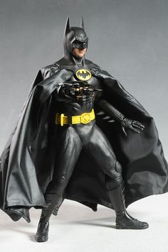 1989 Batman Michael Keaton action figure by Hot Toys Batman Batmobile, Batman Batman, Batman Robin, Batman Artwork, Batman Action Figures, Michael Keaton, Fantasy Fiction, Batman Universe, Sideshow Collectibles