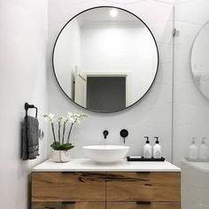 This is the stunning finished bathroom of one of our Blockshoppers @vicbushby. It looks like something @darrenanddeanne would have delivered! We especially love the Print Decor mirror which is available in a variety of colours and which is on SALE now - just Shop the link in our bio for details #theblock #bathroom #renovation #interiors #mirror http://ift.tt/2m8S8fA