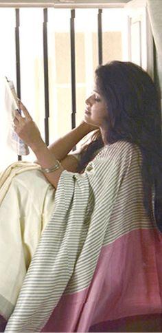 Organic cotton kumbha collection by Sayan Chanda - original pin by Chania Choli, Formal Saree, Indian Ethnic, Ethnic Fashion, Old Women, Indian Dresses, Sarees, Organic Cotton, Textiles