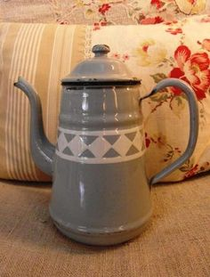 Enameled French Coffee Pot Gustavian Grey By Villavillacolle 80 00 Press Maker
