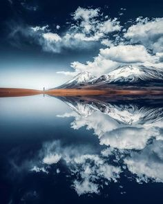 A beautiful reflection on a lake in Bolivia. From Grafixart_photography Fast Crazy Nature Deals. Landscape Photography, Nature Photography, Travel Photography, Photography Tips, Digital Photography, Sky Sunset, Sunset Art, Mountain Love, Cool Photos