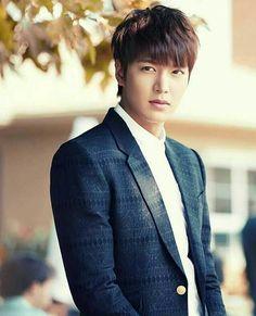 Lmh as Kim tan ❤ New Actors, Cute Actors, Park Shin Hye, Jackie Chan, Korean Star, Korean Men, Asian Actors, Korean Actors, Lee Min Ho Kdrama