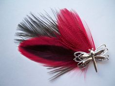 Feather Hair Clip, Brown and Red with Dragonfly Charm Headband Crafts, Feather Hair Clips, Hair Affair, Feathered Hairstyles, Hand Stamped Jewelry, Pretty Art, Hair Accessories, Bows, Trending Outfits