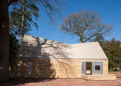 Invisible Studio uses felled tree specimen for arboretum buildings in Gloucestershire