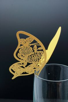 100 Laser cut Butterfly table name cards for wedding party glass of Confetti decoration