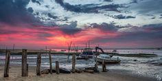 Lever de soleil rose sur le port de l'Aiguillon à Arcachon