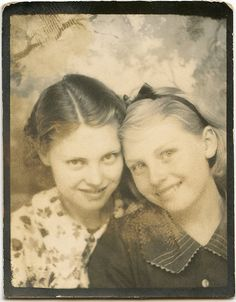 +~ Vintage Photo Booth Picture ~+  Sweet friends...