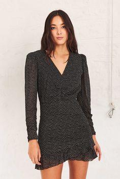 Feminine Dress, Little Dresses, Short Dresses, Mini Dresses, Printed Shorts, Best Sellers, Shopping, Elegant, How To Wear