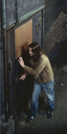 Jeff Wall Doorpusher 1984