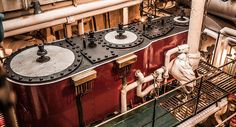 SS Shieldhall - port triple expansion steam engine - Poole, August 2015