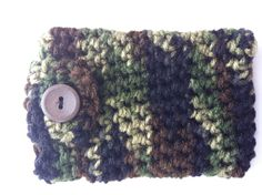 Crocheted camo phone case!