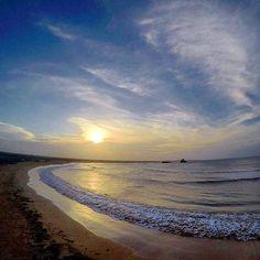 Cuantas historias, cuantas cosas buenas y en secreto pasaron en este lugar, un poco retirado pero con un ambiente único.  #PuertoEscondido #Paraguana #EdoFalcon #Venezuela  Fotografia: @lopezbaron  Recuerda #EsTuHogar  #falcon #vzla #turismo #landscape #sunset #sunrise #nikon #canon  #beach #beachlife #paradise #gopro #chill #kite #caribean #likeforlike #coro  #gopro #drone #travel #love