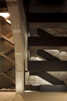 Dramatic combination of old and new staircase. Torre di Porta Nuova - Arsenale di Venezia. By MAP STUDIO