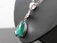 Halskette,Vintage Tropfen - smaragd von Doriel Design auf DaWanda.com