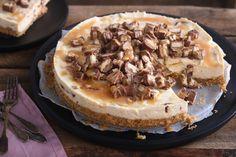 Twix cheesecake - SINNER SUNDAY