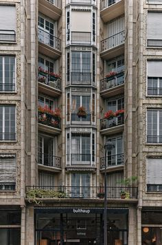 immeuble de rapport, 25 bis rue franklin auguste perret architecte, paris, france  gevel terrassen plooi foto