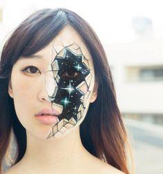 Body Painting x la artista japonesa Hikaru Cho; Rostro Ventana al infinito