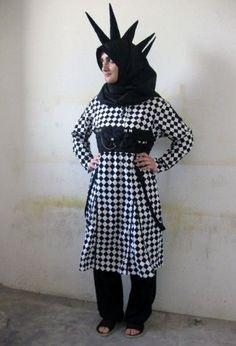 Baddassery: Muslim Goth-Punk Style