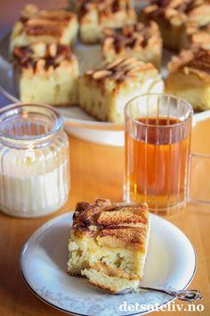 Kulturkake med epler | Det søte liv Apple Cake, Cookie Bars, Cakes And More, French Toast, Food And Drink, Sweets, Dessert, Cookies, Baking