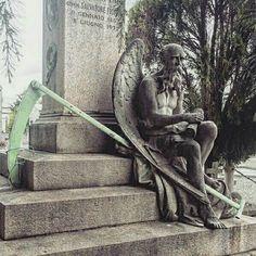 condivide lo scatto di @ladyelizabeth93-Cimitero monumentale di Torino . Tag #cimiteri_monumentali_ . .  congratulazioni @ladyelizabeth93----------------------- ----------------------- Repost, also temporary, is appreciated . .  #beniculturali30 #featuremeinstagood #royalsnappingartists  #archilovers #browsingitaly #finearts #artofvisuals #moodygrams #visititalia #gothic #architectureporn #igersitalia #igerstorino #arthistory #archidaily #whatitalyis #welltravelled  #ig_piemonte #volgotorino…