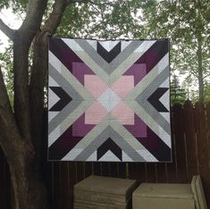 This one is made with Kona solids using the Starburst Quilt pattern by Ahhh. Big Block Quilts, Modern Quilt Blocks, Small Quilts, Barn Quilt Designs, Barn Quilt Patterns, Quilting Designs, Quilting Ideas, Half Square Triangle Quilts, Square Quilt