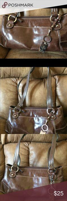 Gia I Bernini brown leather pocketbook Giani Bernini brown leather pocketbook never used, in excellent condition. Giani Bernini Bags Crossbody Bags