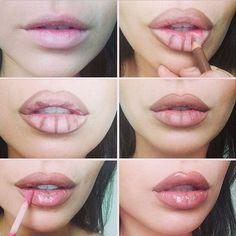 Makeup kylie jenner make up tips Ideas Make Up Tutorial Contouring, Lip Tutorial, Lip Makeup Tutorial, Best Makeup Tutorials, Makeup Tricks, Best Makeup Products, Makeup Ideas, Beauty Products, Look Kylie Jenner