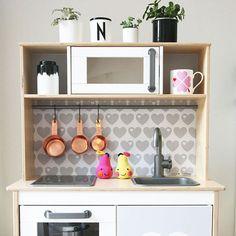 klebefolie rautig fuer ikea kinder kueche farbe rosa 01 home furnishings pinterest ikea. Black Bedroom Furniture Sets. Home Design Ideas