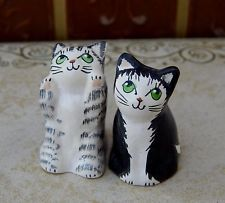 MERRYFIELD POTTERY CAT THIMBLES