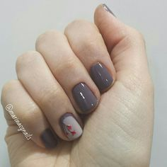 Manicure with Essie merino cool and sand tropez